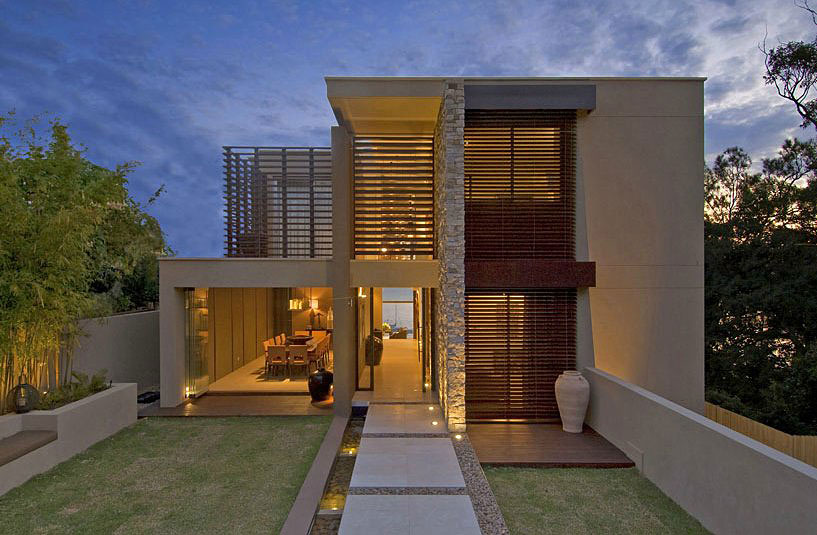 modern contemporary waterfront house (4)
