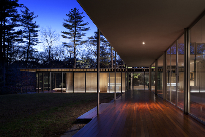 modern glass wall wooden house (14)