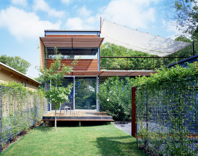 modern house two pavilion with garden green idea (1)