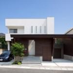 บ้านสองชั้นแบบโมเดิร์น นำเสนอแนวคิดชีวิตผ่านความเรียบง่าย ใจกลางเมืองญี่ปุ่น