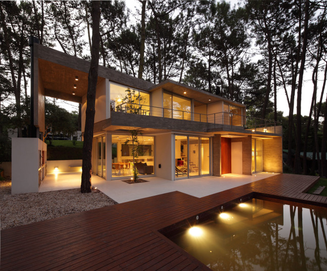 modern house with pool concrete in argentina (1)
