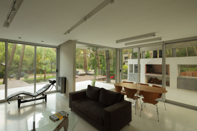 modern house with pool concrete in argentina (10)