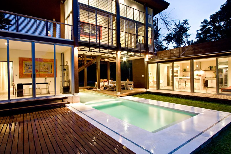 modern house with yard and pool for family to live perfectly (18)