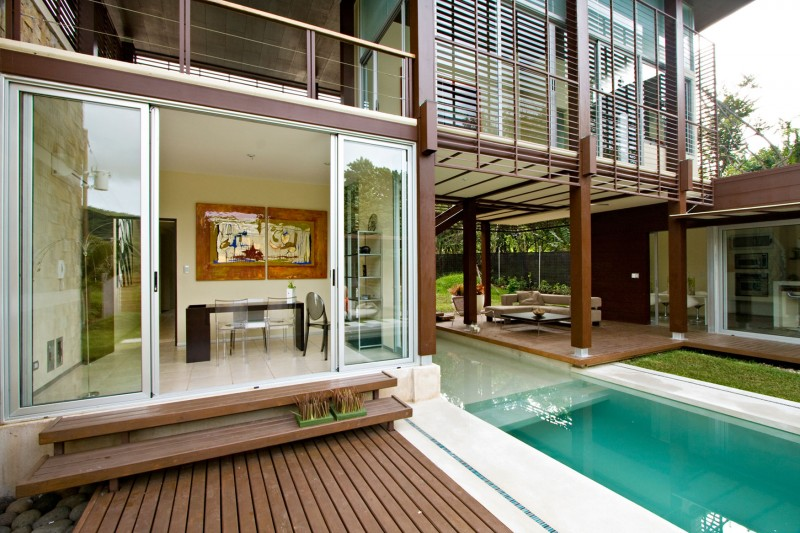 modern house with yard and pool for family to live perfectly (4)