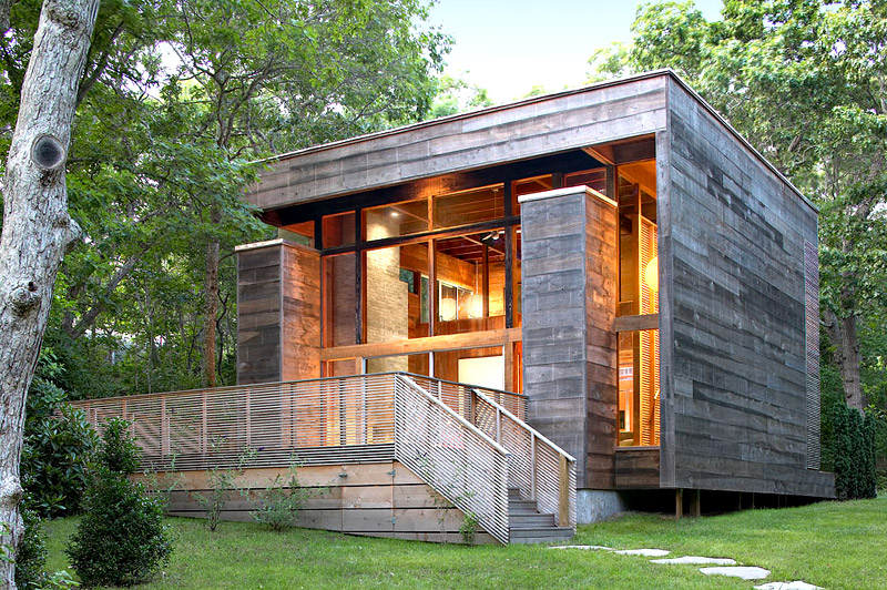 modern loft wooden box house in forest (1)
