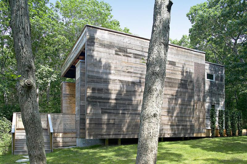 modern loft wooden box house in forest (4)