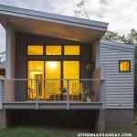 แบบบ้านโมเดิร์นยกพื้นสูง ออกแบบหลังคาลาดเอียงเป็นเอกลักษณ์ ภายในโปร่งโล่งชวนฝัน