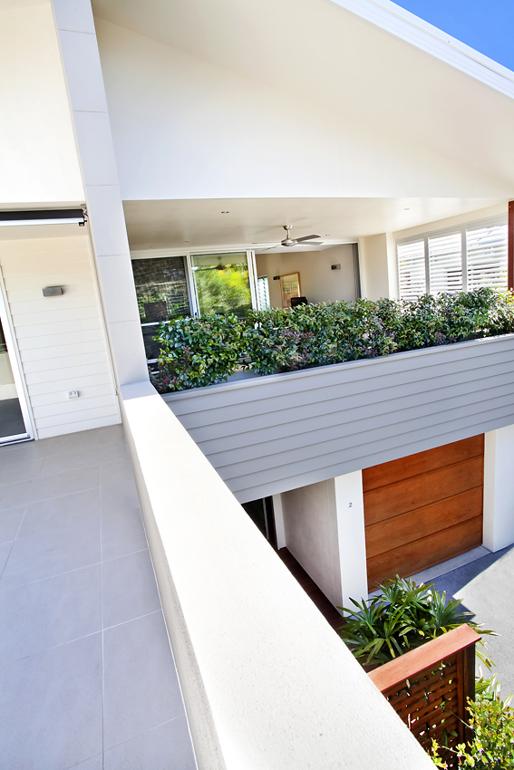 modern tropical house with natural in house (13)
