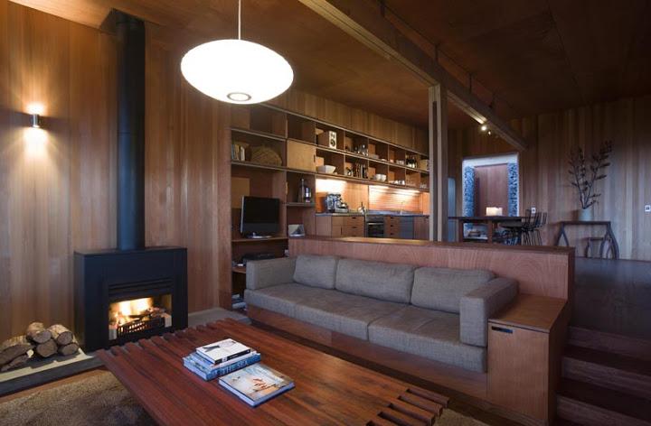 modern tropical wood house envisonment saving solar power (6)