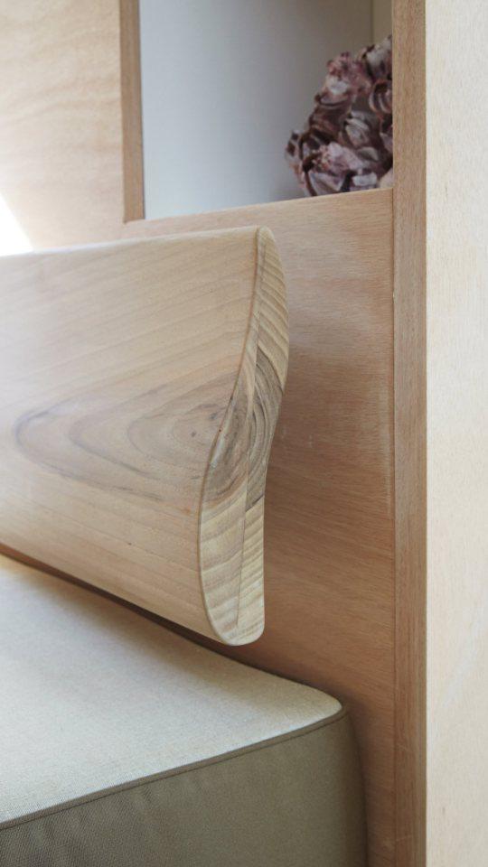 modern tropical wooden box house compact living idea (13)