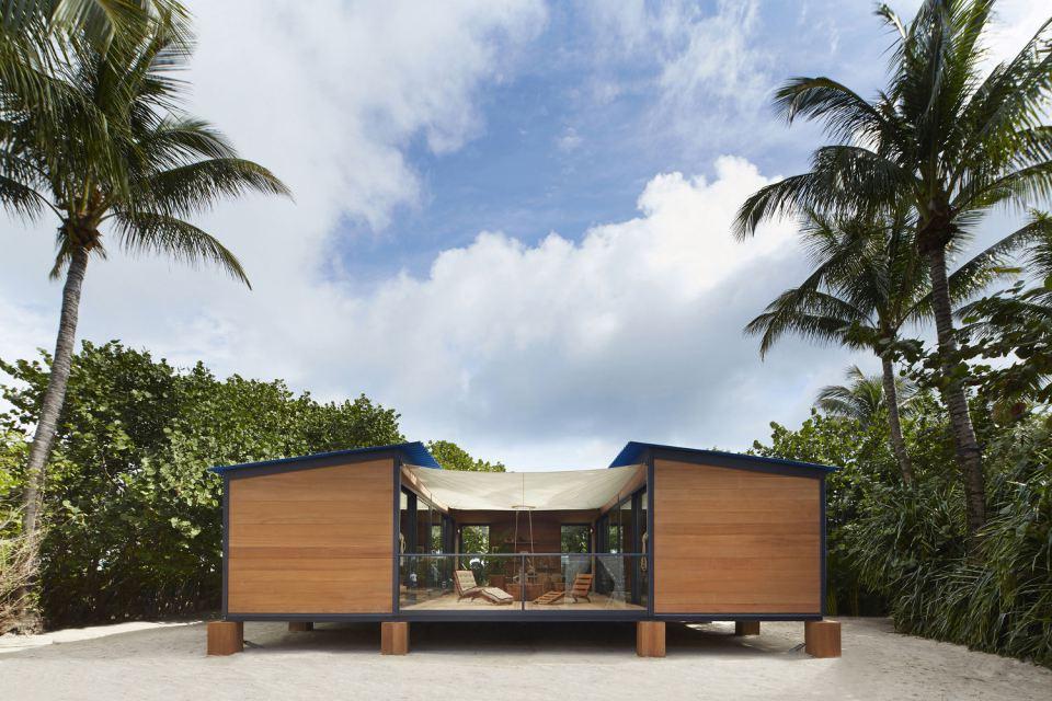modern tropical wooden box house compact living idea (2)