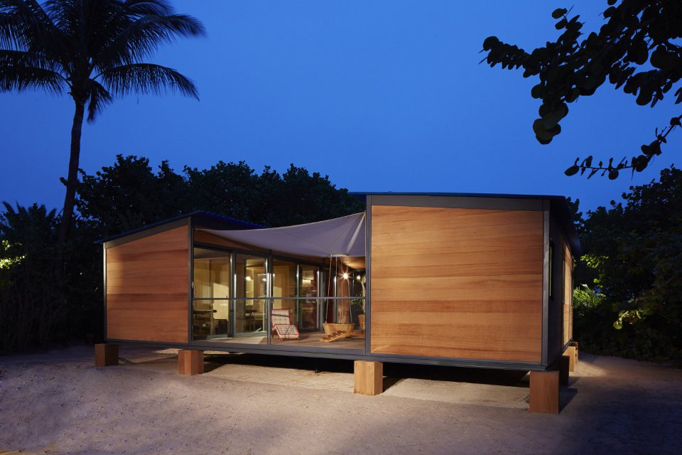 modern tropical wooden box house compact living idea (5)