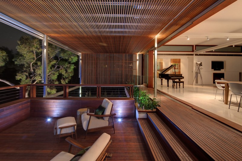 modern vacation house with garden and pool sydney (1)