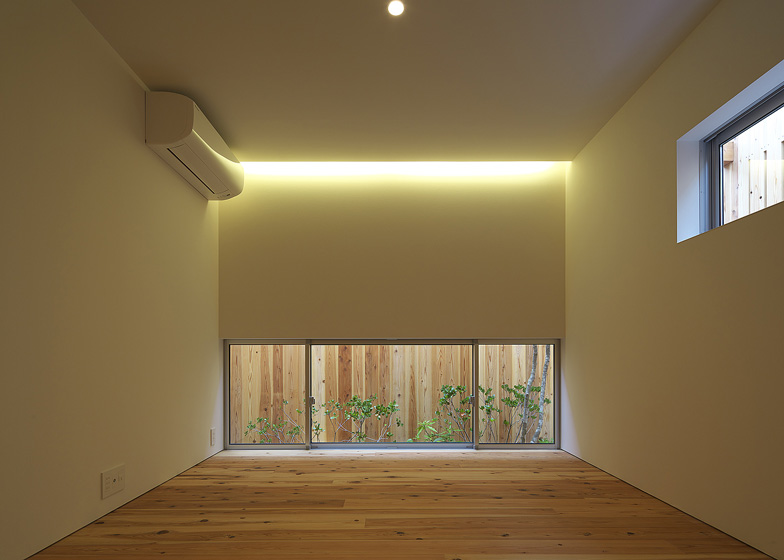 modern wood japanese house in osaka tokyo (5)