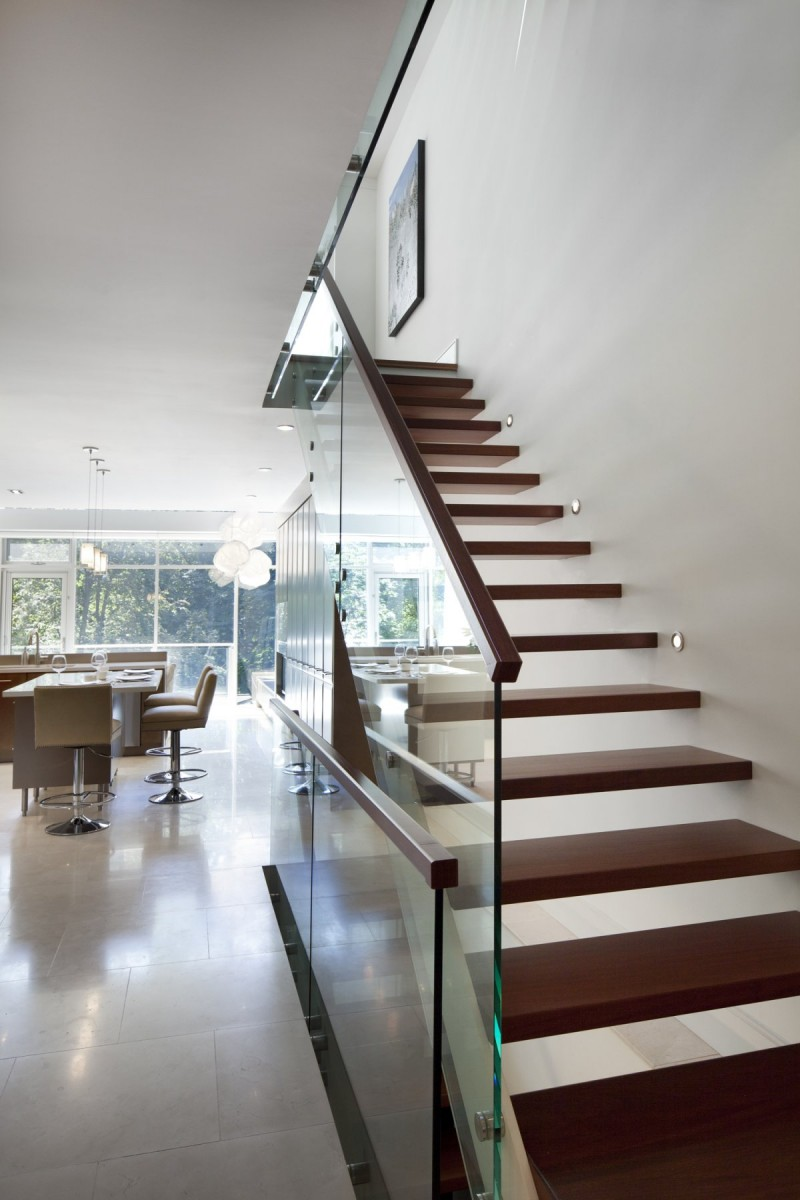 renovate old colonial townhouse to modern loft (7)
