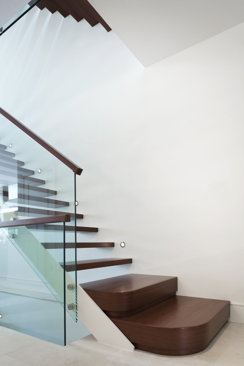 renovate old colonial townhouse to modern loft (8)