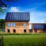 บ้านไม้หลังงานแสงอาทิตย์ ออกแบบตกแต่งอย่างทันสมัย ตอบรับชีวิตยุคอนาคต