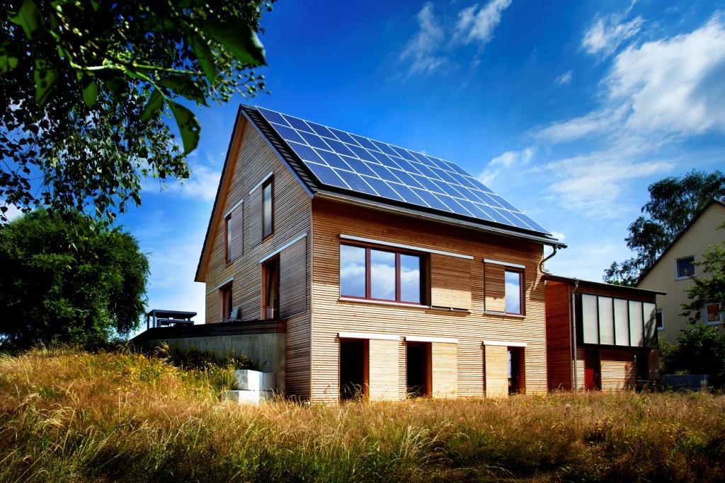 solar power modern house compact wood (2)