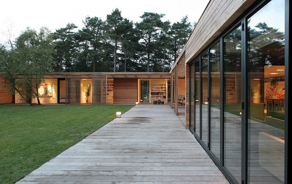 swedish wooden house for new family to live warm and happy (3)