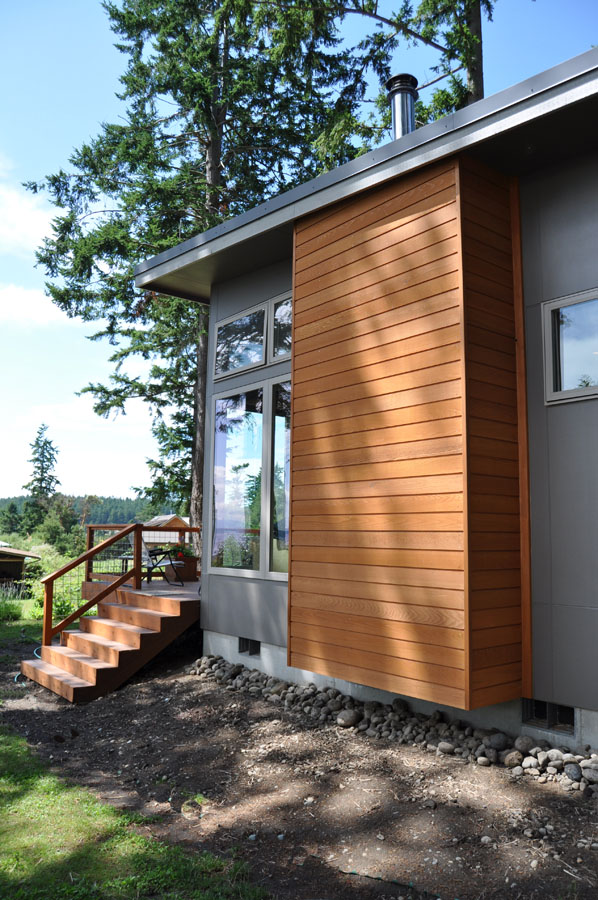 tiny compact house for single lifestyle (4)