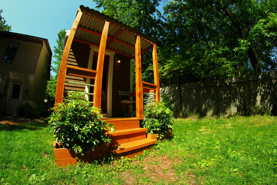 tiny cottage house orange design (1)