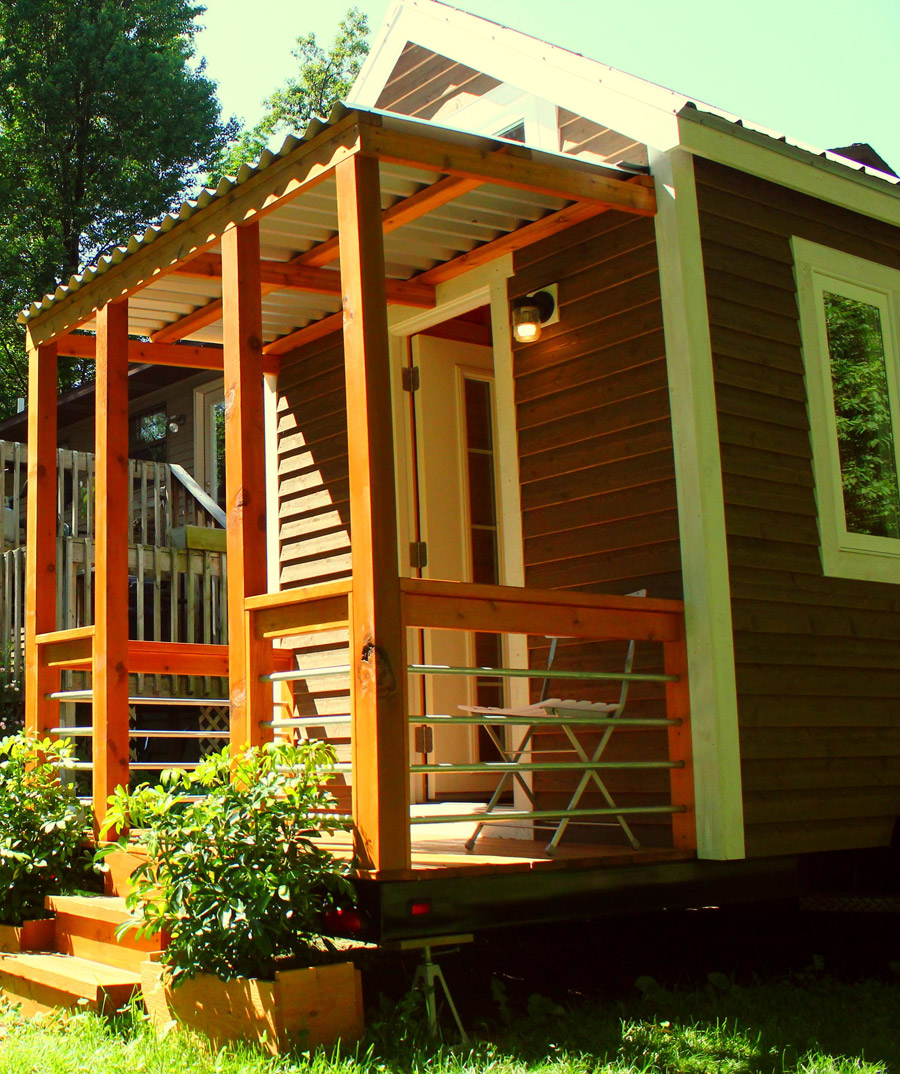tiny cottage house orange design (8)