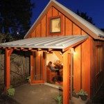 บ้านจิ๋วรูปทรงกระท่อมไม้ กับการออกแบบคลาสสิค เน้นการใช้งานง่ายและอยู่อาศัยจริง