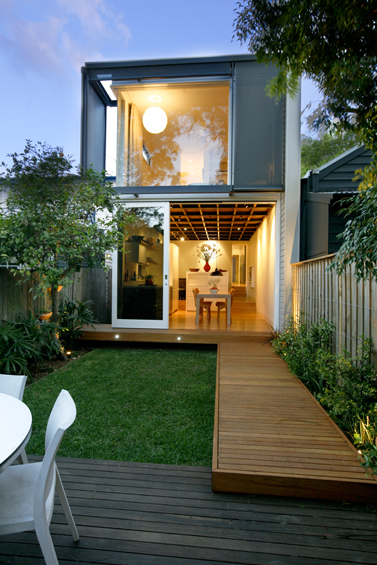 townhome with back yard garden modern style (1)