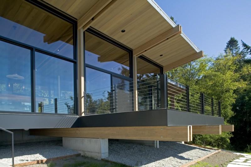 vacation house glass wall in washington usa (5)