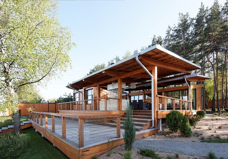 vacation house river house with garden wooden modern style (1)