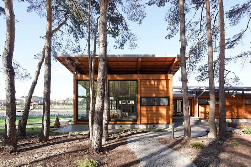 vacation house river house with garden wooden modern style (4)