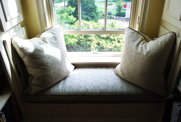 window seat cozy idea for every house (26)