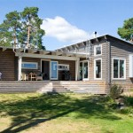 แบบบ้านไม้ชั้นเดียว ออกแบบทันสมัยแฝงความเรียบง่าย กับบรรยากาศริมทะเลสาบ
