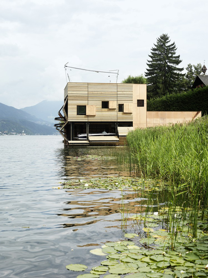 wooden modern boathouse in austria (1)