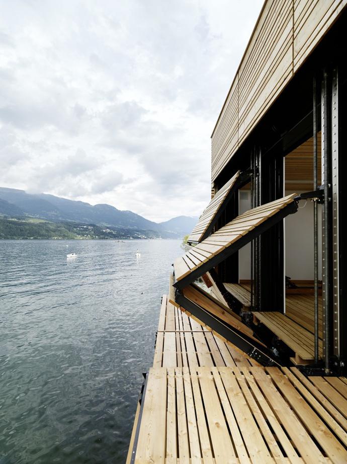 wooden modern boathouse in austria (12)