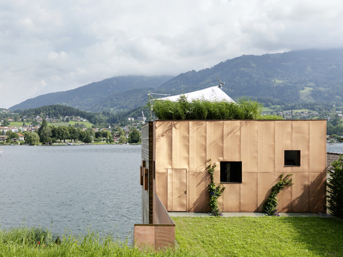 wooden modern boathouse in austria (2)