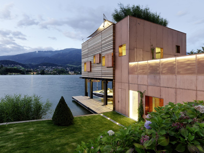 wooden modern boathouse in austria (5)