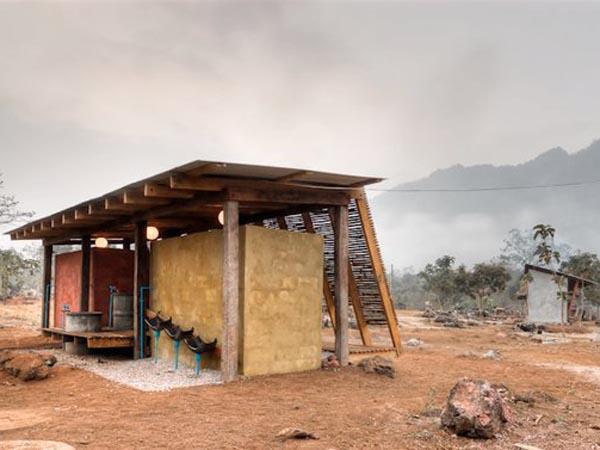 TYIN-Bamboo-Library-And-Bath-House-Thailand-Tak-1 (8)