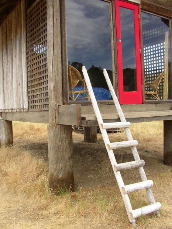 california-sleeping-cabin-3