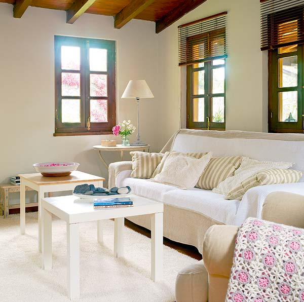 contemporary cottage spanish house with warm classic interior (9)