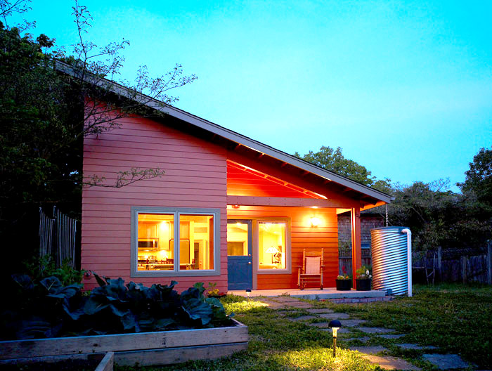 contemporary-earth-tone-wooden-house-compact--(2)