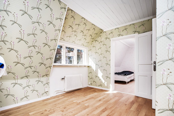 contemporary swedish cottage wooden house (1)