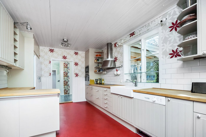 contemporary swedish cottage wooden house (4)
