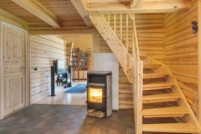 cottage eco wooden log house in sweden (10)