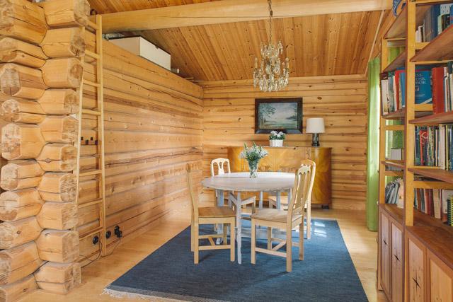 cottage eco wooden log house in sweden (13)