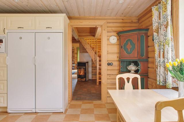 cottage eco wooden log house in sweden (20)
