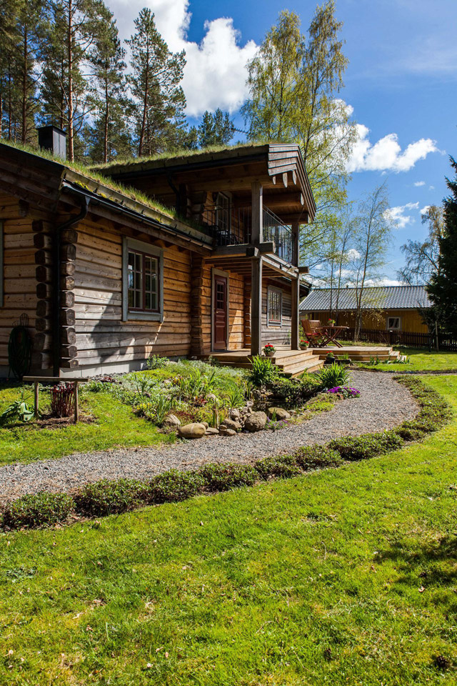 cottage eco wooden log house in sweden (6)