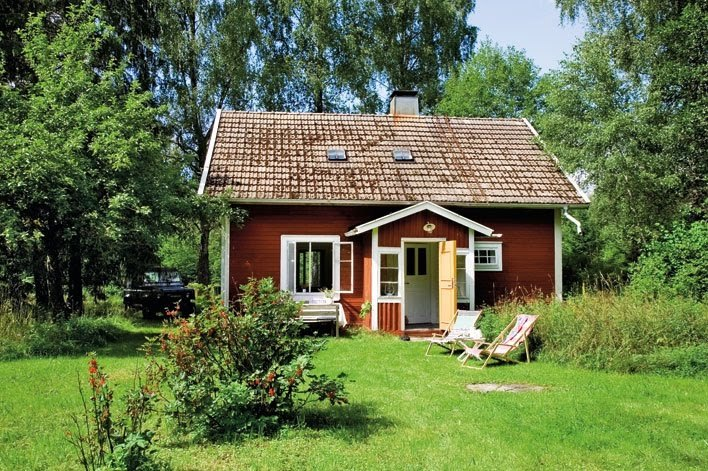 cottage house for single in swedish forest (2)