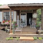 แบบบ้านกระท่อมหลังเล็กแนวคันทรี ออกแบบน่ารักแนวดั้งเดิม เติมเต็มชีวิตเรียบง่าย