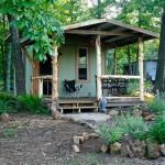 บ้านกระท่อมหลังเล็ก บนวิถีชีวิตพึ่งพาตนเอง ในบรรยากาศสบายๆของพื้นที่ธรรมชาติ